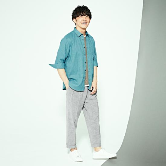 リネン混シャツは、一枚でも羽織としても活躍! コムサ,メンズ,シャツ,リネン,麻