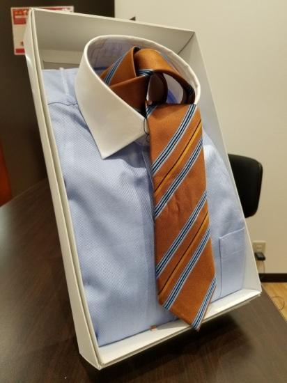 オーダーシャツ!長袖、半袖。 ボタンダウン、タブカラ―、ラウンドカラー、ピンホールなど